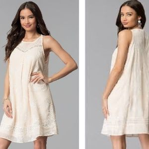 NWT Sequin Hearts | Cream + White Floral Dress!